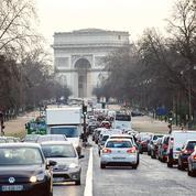 Paris se ferme aux vieux véhicules très polluants