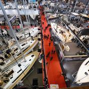 Salon nautique: les bateaux à moteur à pleine vitesse