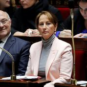 Ségolène Royal fait l'éloge de Fidel Castro, tollé dans la classe politique