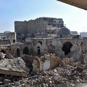 Syrie : Alep croule sous les bombes, les djihadistes se retirent de Palmyre