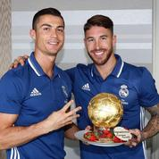 Le Real Madrid offre un gâteau Ballon d'Or à Cristiano Ronaldo