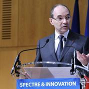La France prépare le lancement de la 5G, prévu en 2020