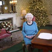 Toujours enrhumée, Elisabeth II renonce à la messe de Noël