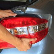 Automobile: vague de concentration dans les pièces détachées