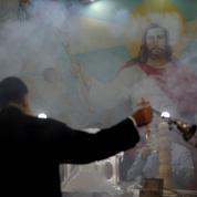Les chrétiens d'Égypte fêtent le Noël copte entre inquiétude et défi
