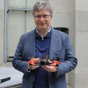 Le champion des drones Parrot taille dans ses effectifs