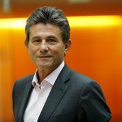 Guillaume Tabard : «Henri de Castries, l'arme anti-Macron de Fillon»