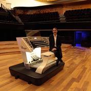 Olivier Latry passe l'âme de la Philharmonie au laser