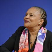 Christiane Taubira étrille Emmanuel Macron et encense Benoît Hamon