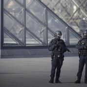 Attaque du Louvre: un nouveau coup dur pour le tourisme à Paris