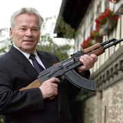 La Russie privatise Kalachnikov, le fabricant du célèbre fusil AK-47