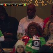 Tiraillée,«Maman Pogba» opte pour un maillot aux couleurs des deux clubs