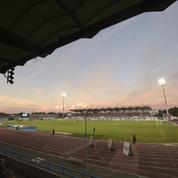 Niort-PSG: les places s'arrachent, le club construit ... une nouvelle tribune