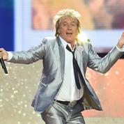Accusé d'avoir simulé une exécution de Daesh, le chanteur Rod Stewart s'explique