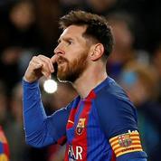 La mystérieuse célébration du coup de téléphone de Messi expliquée