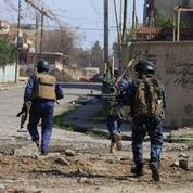 À Mossoul, un combat de maison en maison, de salon en toit