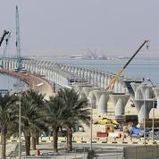 Le Koweït lance sur l'eau l'un des plus longs ponts du monde