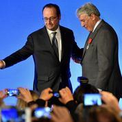 Hollande appelle au rassemblement et cite Mitterrand : «Le nationalisme, c'est la guerre»