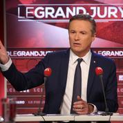 Dupont-Aignan pointe le «danger» Macron