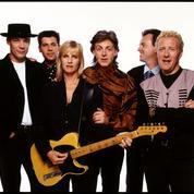 Paul McCartney bousculé par Costello