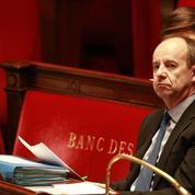 «Cabinet noir» : Urvoas pointe une «volonté de manipulation» de Fillon