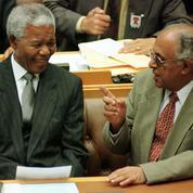 Ahmed Kathrada, héros de la lutte contre l'apartheid, est mort