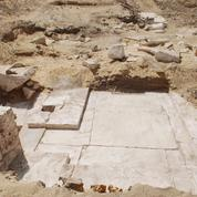 Les vestiges d'une pyramide de 3700 ans découverts en Égypte