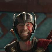 Thor: Ragnarok : dans le premier trailer le Dieu viking perd son marteau