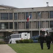 Les prisons d'Île-de-France exfiltrent leurs détenus vers la province