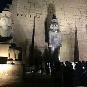 Ramsès II, sa statue reconstituée et dévoilée à Louxor