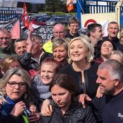 Emmanuel Macron et Marine Le Pen se disputent les ouvriers de Whirlpool