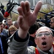 Macron-Le Pen à Whirlpool : la communication sous tension