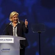Face à Emmanuel Macron, le FN manie volontiers l'injure
