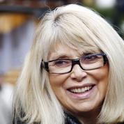 Fausse alerte pour Mireille Darc : l'actrice n'est pas à l'hôpital