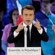 Sondage : la cote de confiance d'Emmanuel Macron stagne