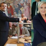 Présidentielle : Emmanuel Macron et Marine Le Pen ont voté en fin de matinée