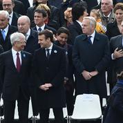 Autour d'Emmanuel Macron, le grand bal des courtisans