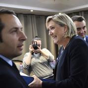 Législatives : le FN part en campagne en mettant de côté la sortie de l'euro