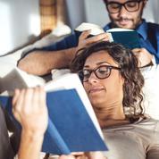 Pourquoi les femmes lisent-elles plus que leshommes ?