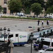 Notre-Dame de Paris : un terroriste islamiste attaque un policier «pour la Syrie»