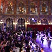 Le Bal des Parisiennes fête la valse