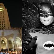 Un «Batsignal» pour dire adieu à Adam West