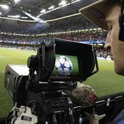 L'avenir de la télé payante se joue sur un terrain de foot