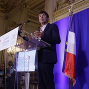 Hulot annonce la fin de la vente des voitures diesel et essence d'ici 2040