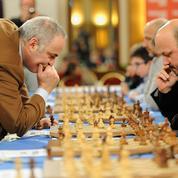 Garry Kasparov, le champion d'échecs russe revient défier la jeune garde