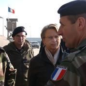 Avec la démission du général Pierre de Villiers, Macron fait l'unanimité contre lui dans la classe politique