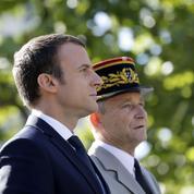 Villiers vs Macron : une rupture en cinq dates