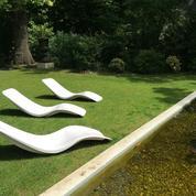 La chaise longue R1 d'Eurolax, le relax avant-gardiste qui a conquis le Club Med