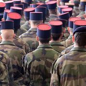 Pour calmer la crise, l'exécutif pense à desserrer la contrainte budgétaire des armées