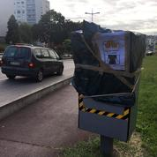 Opposés aux cigarettes à 10 euros, des buralistes s'attaquent aux radars